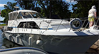 1989 Chris Craft 381 Catalina for sale in the Bobcaygeon area northeast of Toronto, Ontario, Canada by Ontario boat and yacht brokers.
