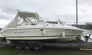 1998 Rinker 280 for sale by Ontario marine, boat and yacht brokers offering power boats and sailboats for sale in the Kingston, Whitby, Brighton, Cobourg, Trenton And Belleville Areas Of Ontario Canada.