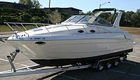 2002 Regal Commodore 3060 sold by a marine, boat and yacht broker in the Pickering, Whitby, Bowmanville, Peterborough, Belleville, Trenton and Brighton areas of  Ontario, Canada.