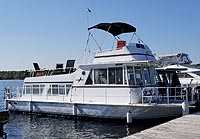 1973 Kings Craft Houseboat for sale in the Buckhorn area north east of Toronto, Ontario, Canada by Ontario boat and yacht brokers.