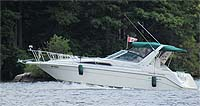 1987 Bayliner 3270MY sold by a marine, boat and yacht broker in the Pickering, Whitby, Bowmanville, Peterborough, Belleville, Trenton and Brighton areas of  Ontario, Canada.