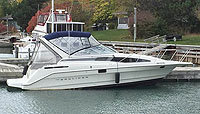1998 Bayliner 2855 for sale in the Trenton area east of Toronto, Ontario, Canada by Ontario boat and yacht brokers.