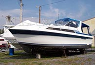 1989 Carver 3257 - This boat was for sale and sold in the Toronto or Kawartha lakes area of Ontario, Canada.